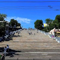 Потемкинская лестница после реставрации :: Александр Корчемный
