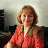 Женский портрет на рабочем месте :: Алексей Сопельняк