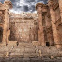 храм Юпитера в Баалбеке :: Адель