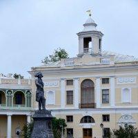 Фрагмент площади в парке Павловска :: Валерий Подорожный