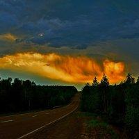 Огненный закат :: Владимир Куликов