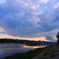 Закат и облака :: Юрий Николаев
