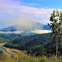 Тают последние облачка тумана :: Сергей Чиняев