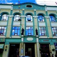 дом купца Рукавишникова :: Наталья Сазонова