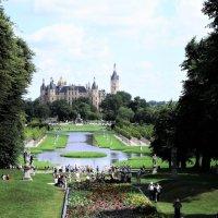 Парк возле Шверинского замка :: Avada Kedavra!