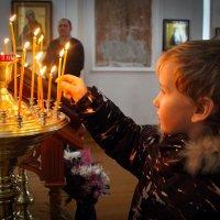 В храме. :: Наталья Вельди
