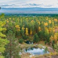 Осень в Аршане :: Владимир Гришин