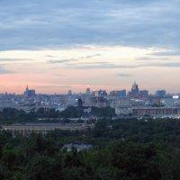 Закат над  Москвой. :: Larisa Ereshchenko