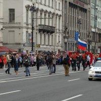 Праздничное шествие фотографов.....по Невскому..)) :: tipchik