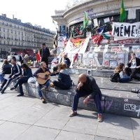 На площади Республики, Париж :: Михаил Сбойчаков