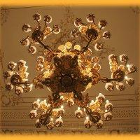 Светоч Шуваловского дворца.... :: Tatiana Markova