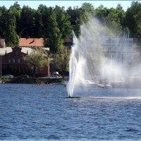 Фонтан на озере Сайма :: Вера