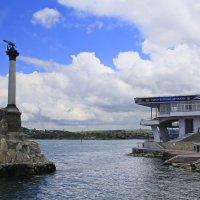 Памятник затопленным кораблям :: Галина Новинская