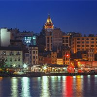 Вечерний Стамбул и Галата :: Ирина Лепнёва