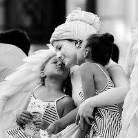 Angels :: john dow