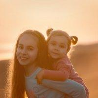 Веселые сестрички :: Олеся Загорулько