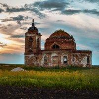Спасопреображенская церковь :: Анжелика Сазонова