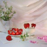 Клубника с молоком :: Наталия Лыкова