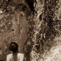 У водопада :: Андрей Щукин