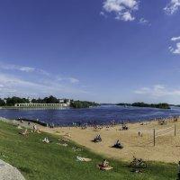 Великий Новгород.Пляж. :: Виктор Орехов