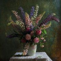Цветы в вазе :: Татьяна Панчешная