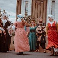 Танцы :: Юля Грек