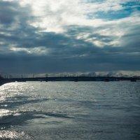 Питер Нева перед дождем Литейный мост :: Юрий Плеханов
