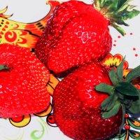 Сочные ягодки :: Любовь Потравных