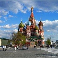 """""""А я иду, гуляю по Москве..."""" :: Vera Ostroumova"""