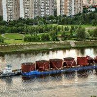 Как  по нашей речке плыли три дощечки...:) :: Анатолий Колосов