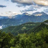 Рассвет в районе каньона реки Морача, Черногория :: Владимир Новиков