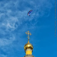 Над золотыми куполами (Муром) :: Валерий Горбунов