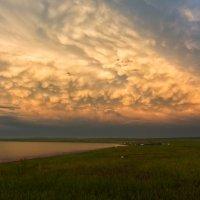 Танец облаков :: Дмитрий Шкредов