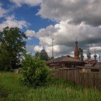 Церковь у трассы :: Владимир Макаров