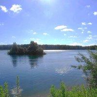 Утром на озере удивительно тихо :: Маргарита Батырева