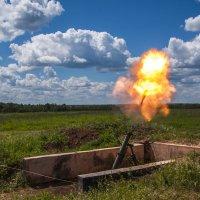 Впервые поймал снаряд от миномета .... :: Vectorkel Иванов