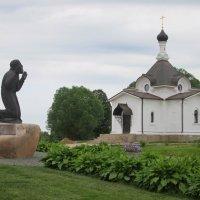 Молящийся Серафим. :: Михаил Попов