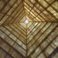 Пирамида изнутри во Фруктовом парке :: татьяна