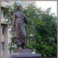 Памятник грузинскому поэту Шота Руставели :: Вера