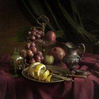 натюрморт с виноградом и лимоном :: Evgeny Kornienko