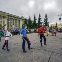пляски на площади :: gribushko грибушко Николай