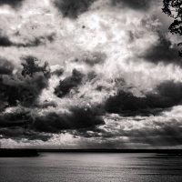 Беснующиеся небеса :: Ян Кемпи