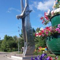 Памятник Санфировой. :: Александр Алексеев
