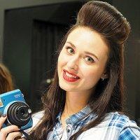 ах,какая девушка и фотик :: Олег Лукьянов