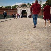 Питер вход на Петропавловку со стороны Троицкого моста :: Юрий Плеханов