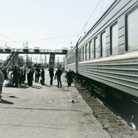 Поезда, вокзалы, станции.... :: Андрей Головкин