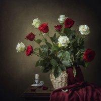 Перемирие алой и белой розы :: Ирина Приходько