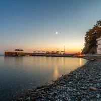 вечерний пляж поселка Джанхот :: Алексей Лейба