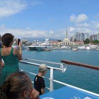 Экскурсия по морю :: Татьяна Смоляниченко