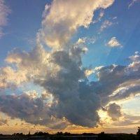 Вечернее небо :: Alexander Andronik